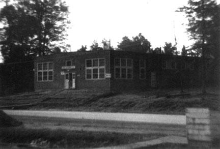 PX, Cp Van Dorn, MS 1944