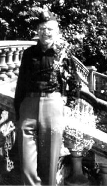 Lt Allen returning from Grenoble France 1945