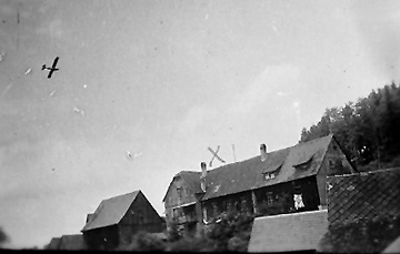 Crosser lodging Germany 1945