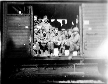 Hq 863d FA Bn on train- 1945