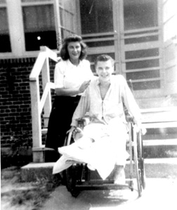 Brazicki and sister at hospital-1946