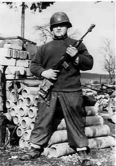 Perrucci 563d Sig Co 1945
