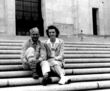 Sgt Beling and wife at Capitol building Baton Rouge, LA 1943